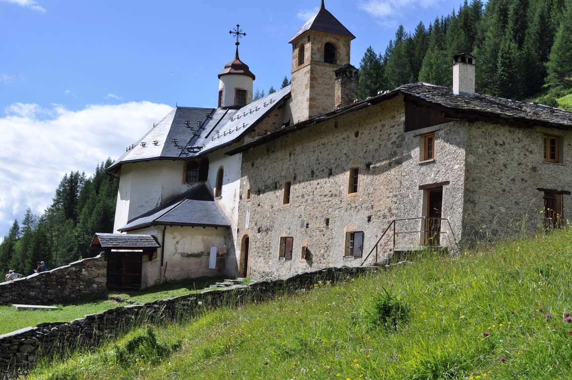 La chapelle des vernettes en ete